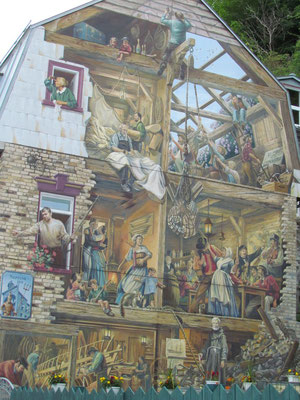 Petit Champlain Fresco