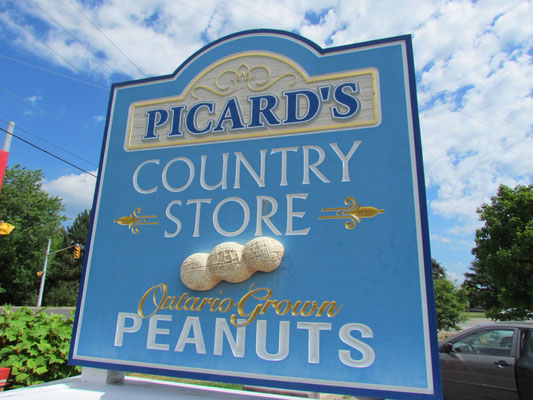 Peanut Shop am Ortsrand