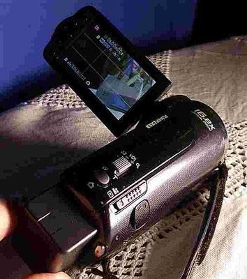 Panasonic SD 40 eine super filmende Zigarettenschachtel