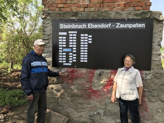 Tafel mit den Namen der Zaunpaten mit Stand 14.05.2017 am alten Förderturm