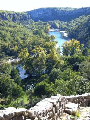 Balazuc - Ardèche - Vue de l'Ardèche depuis le viel Audon