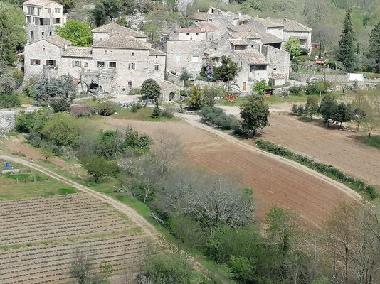 Balazuc - Ardèche - Hameau de Servières