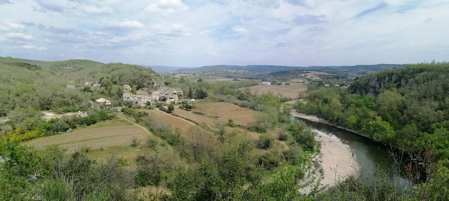 Balazuc - Ardèche -Hameau de Servières