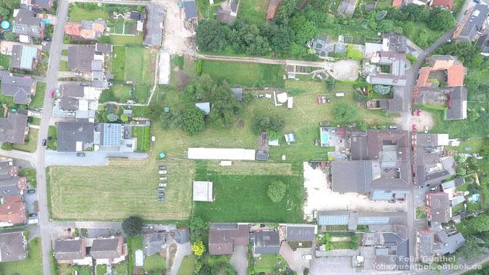 Die Luftaufnahme zeigt das komplette Wiesenfest Gelände