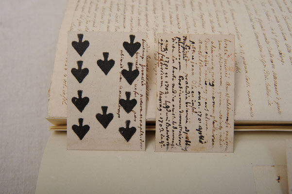 Montage sur onglets de documents de petite taille...