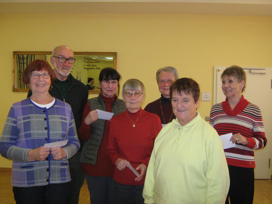 Viele Wanderfreunde erhielten die 8. bzw. 9. Jahresauszeichnung