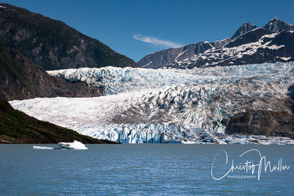 View to the Mendenhall Glacier close to the Visitors Center.