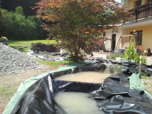 Totalansicht Wasserlauf, die Folie noch verstecken und fertig....