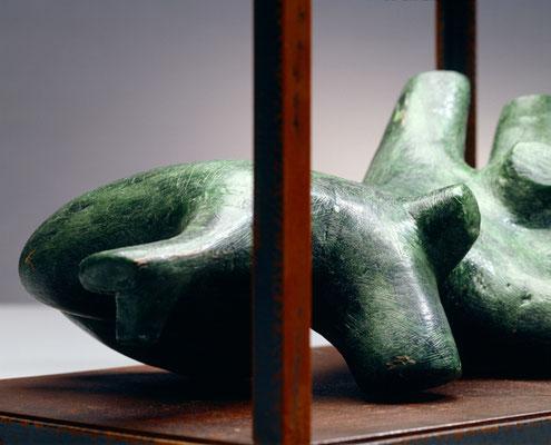 Modulo 1  das Durst hat und Hunger  2006, 26 x 38 x 21 cm,  ferro, cera
