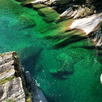 La splendida acqua del fiume