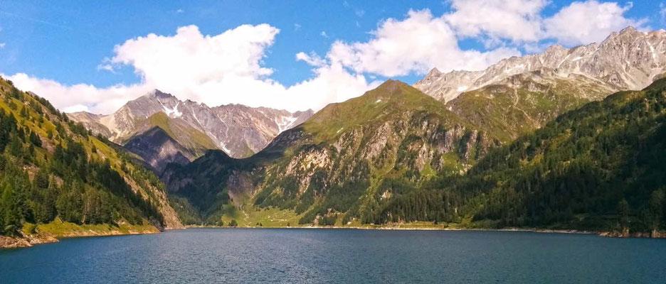 Panoramica sul lago del Luzzone