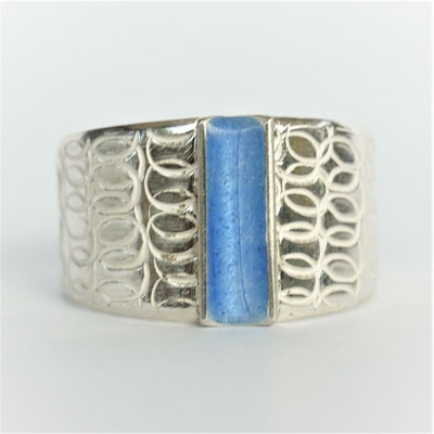 Spirale bleu pervenche