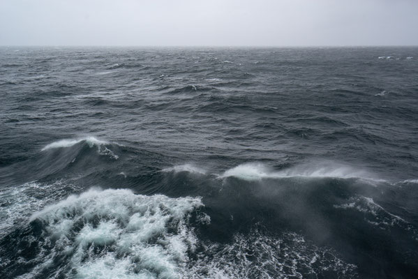 Fähre Moskenes - Bodo im Sturm