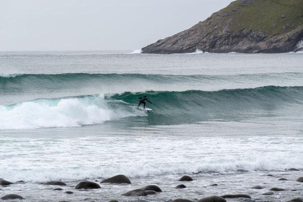 Unstad - Surfer
