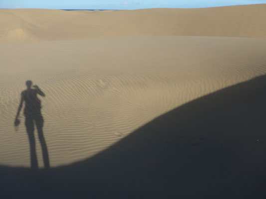 In the beautiful dunes of ugly Maspalomas