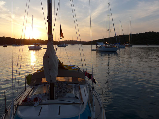 beginning sunset in a cosy bay