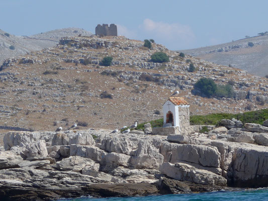 a little chapel and a 6th century fortress. Can`t wait to get ashore for a little hiking