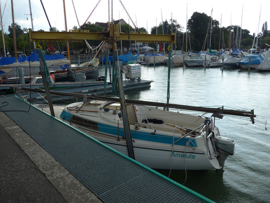 Altnau harbour: Finishing my personal Lake Constance sailing season in rain.