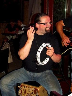 Special Guest: Christian Kühn, Percussion/Cajon