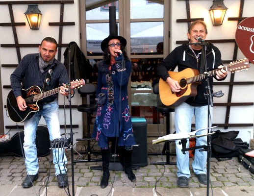 Foto: www.gritlis-fotowelt.jimdo.com, Special Guest: Conny aus Wetzlar / Conny´s Binding am Eisenmarkt!