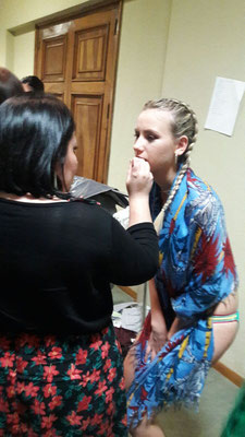 Maquillaje y peluquería  profesional para desfile benéfico de aldeas infantiles.