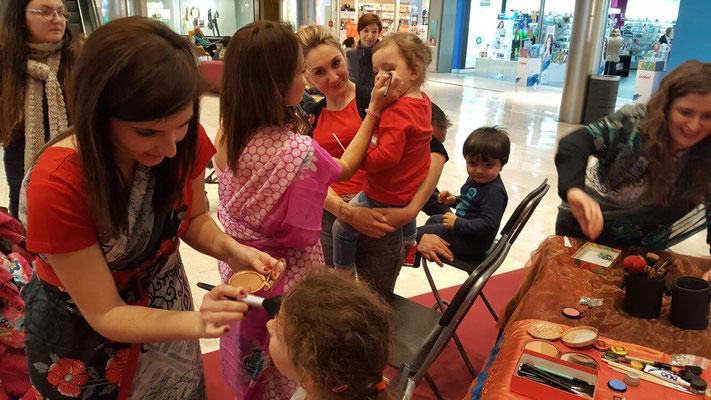 Maquilladora para eventos Zaragoza, centro comercial puerto venecia.