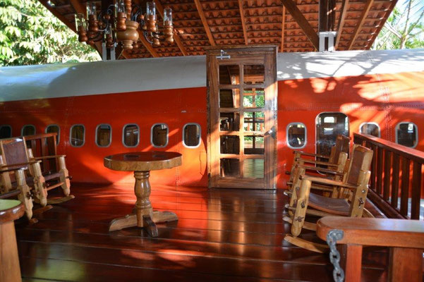 Airplane as hotel room at hotel Costaverde in Manuel Antonio