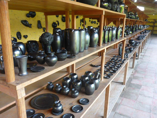 Black ceramic goods in San Bartolo