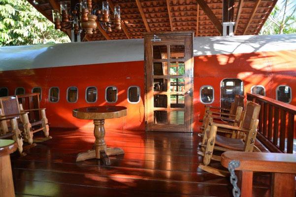 Flugzeug als Hotelzimmer im Hotel Costaverde in Manuel Antonio