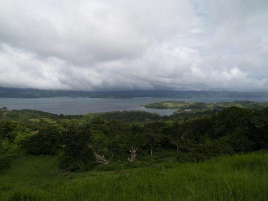 Blick auf den Arenal See