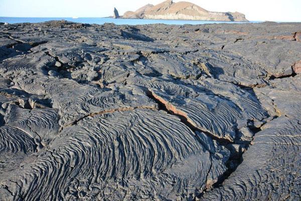 Lava field on Santiago, Sullivan Bay
