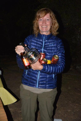fare well party in Villa de Leyva, Petra is cleaning