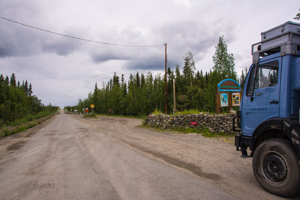 Mile  0 on Dempster Highway