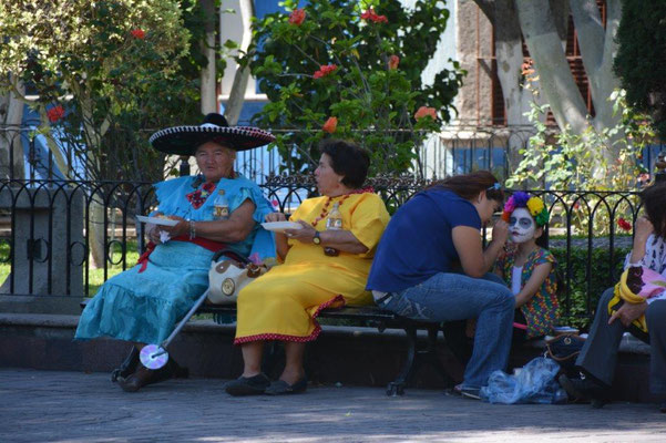 Locals in Tlaquepaque