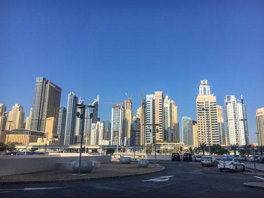 Typische Dubai Skyline