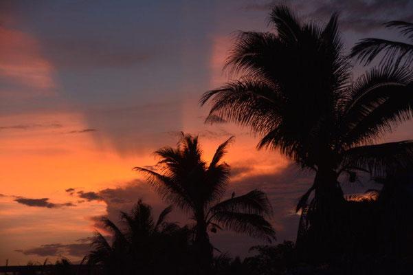 Sonnenuntergang am Strand von Zipolite