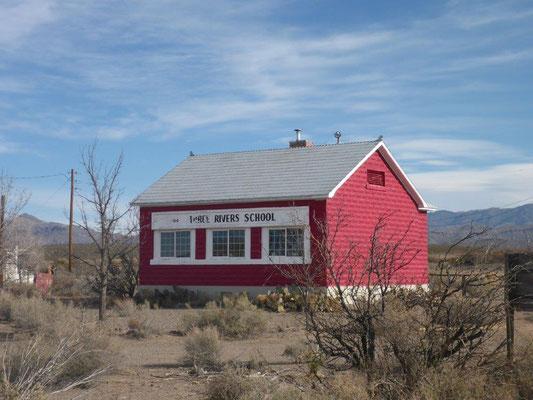 ols school house