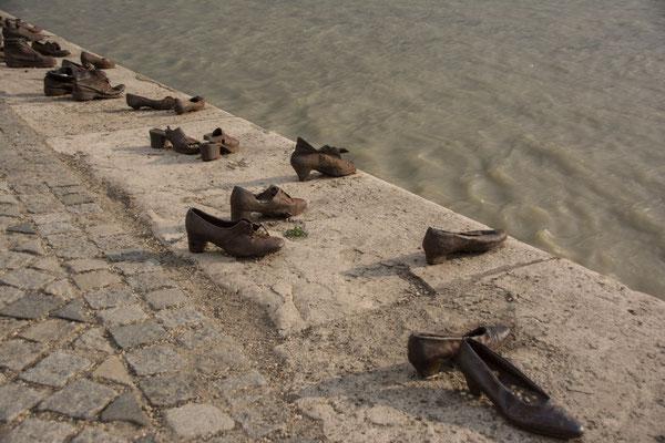 Budapest - zum Gedenken der Nazi Opfer