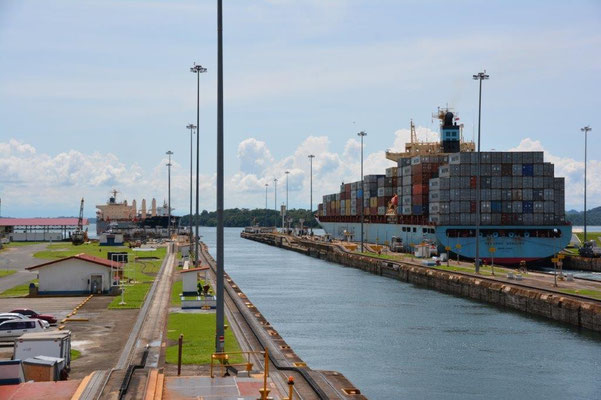 Panama Kanal - Gatun Locks auf der Atlantikseite