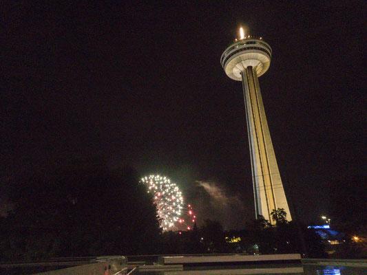 Niagara Falls, jeden Abend Feuerwerk