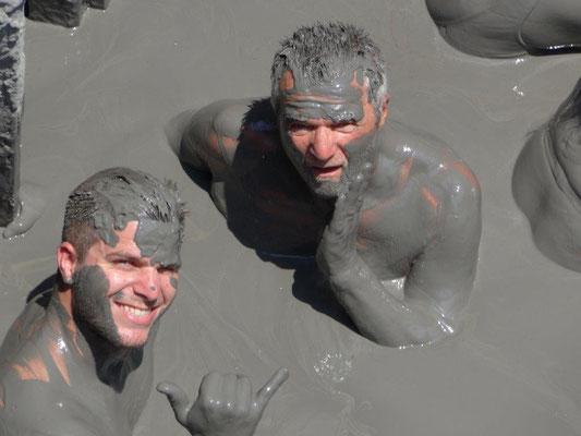 Ein Bad im Schlammvulkan