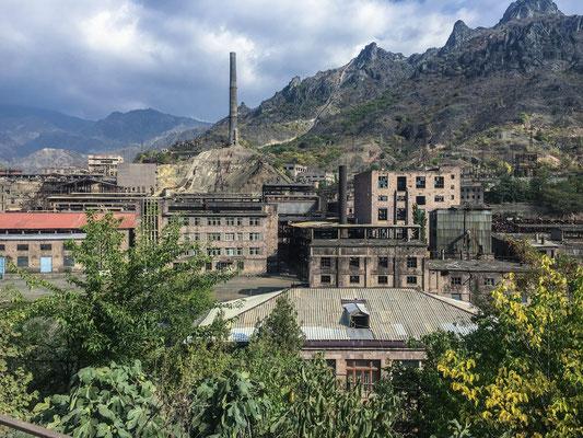 Viele verlassene Fabriken aus der Sowjetzeit