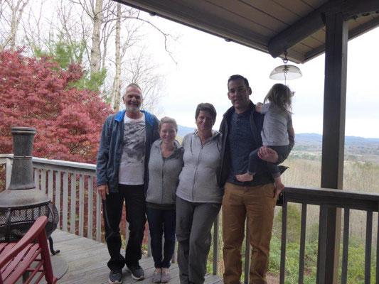 Wir mit Brenton, Shannon & Emmeline