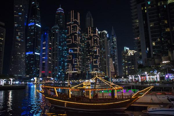Spaziergang in der Dubai Marina