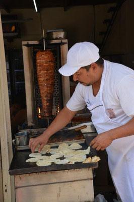 Tortilla doner kebab