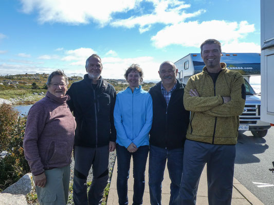 Peggys Cove, Anita, Manfred, Petra, Christian, Tom (v. links n. re.)