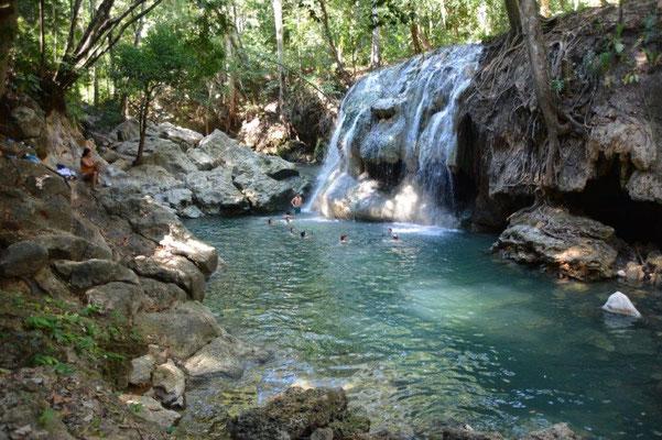 Heißer Wasserfall