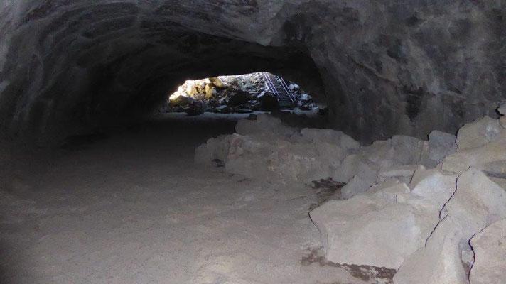 Lava Höhle