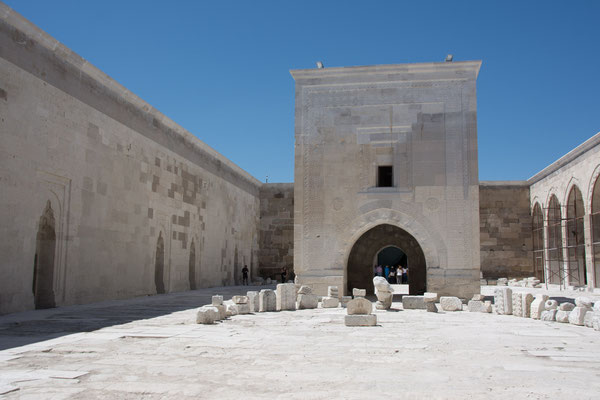 Karawanserei Sultanhani