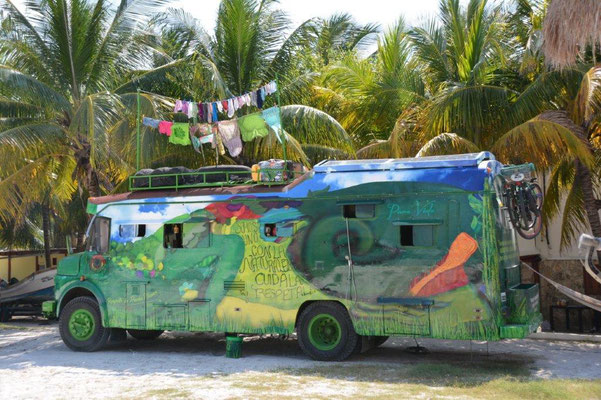 Hippie bus  - on the road since 11 years with her 8 year old daughter